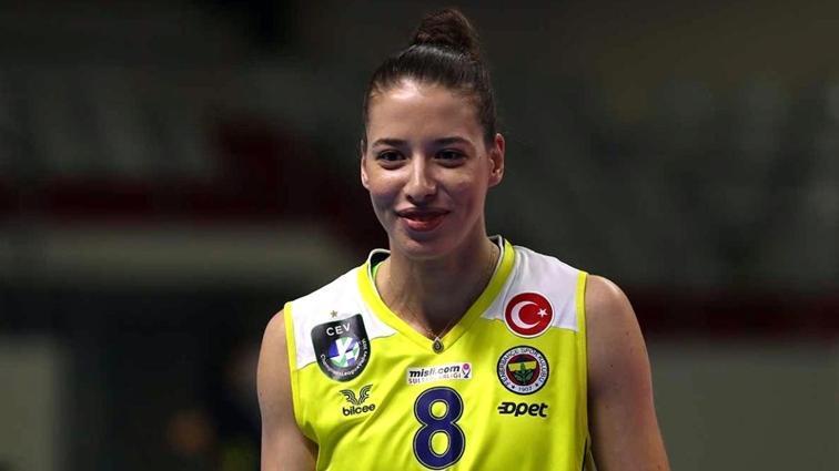Fenerbahçe, Dicle Nur Babat'ın sözleşmesini uzattı