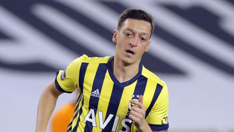 Fenerbahçe, Alanyaspor maçının kadrosunu açıkladı