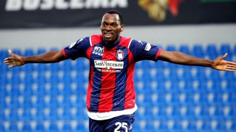 Trabzonspor'un hedefi Nijeryalı golcü Simy