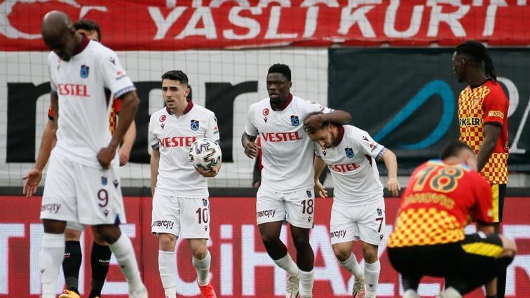 Trabzonspor deplasmanda Göztepe ile 1-1 berabere kaldı