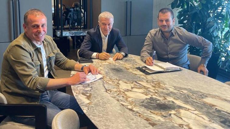 Ahmet Ağaoğlu ve Abdullah Avcı'dan İstanbul'da transfer zirvesi