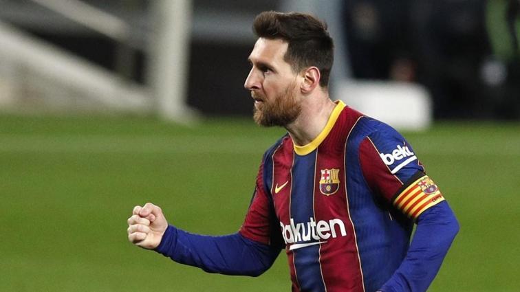 Lionel Messi Barcelona ile sözleşme uzatıyor