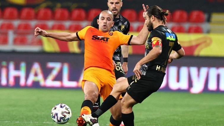 Galatasaray'da bir devir daha kapanıyor! Feghouli ile yol ayrımı...