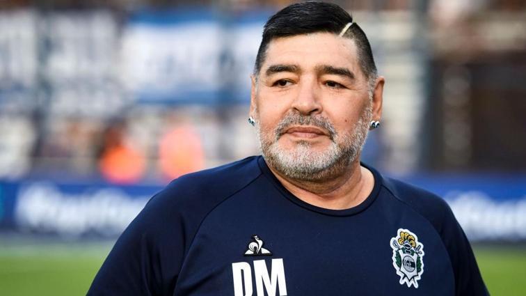 Maradona ölümünde kaderine terk edilmiş