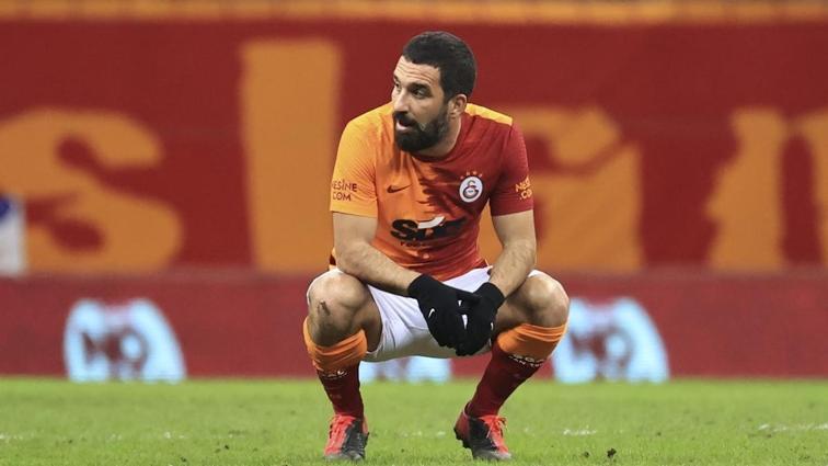 Galatasaray'da iki futbolcu ceza sınırında
