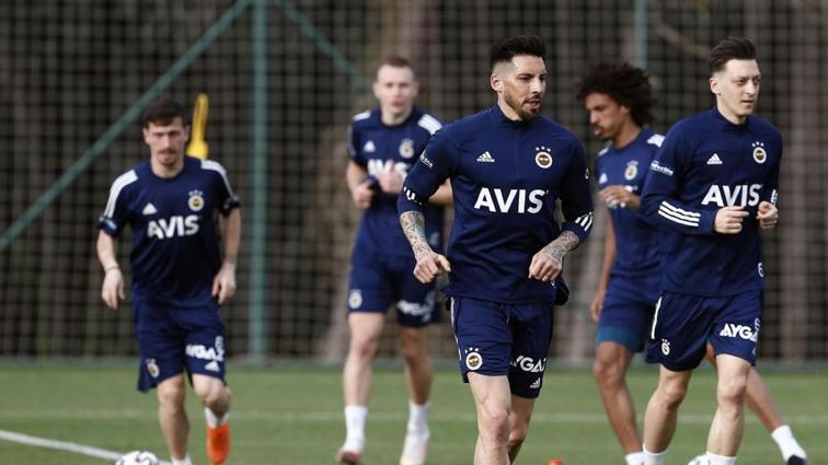 Hazırlıklar tamam: Fenerbahçe, BB Erzurumspor'a odaklandı