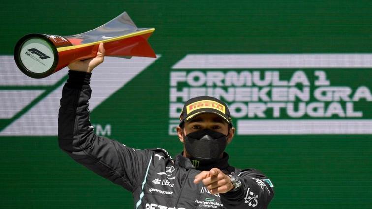 Lewis Hamilton, Formula 1 Portekiz GP'sini kazandı