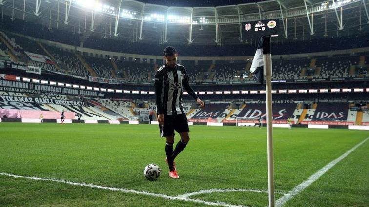 Rachid Ghezzal asistleriyle Beşiktaş'a hayat veriyor
