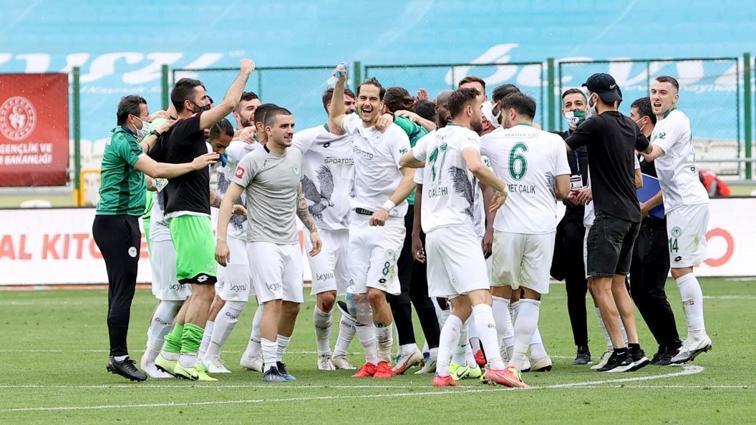 İttifak Holding Konyaspor, Fatih Karagümrük'ü fethetti! 5-1