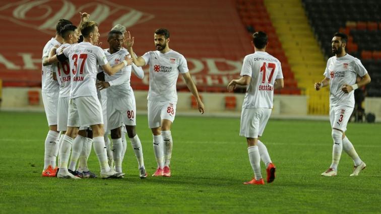 Demir Grup Sivasspor'a yan bakılmıyor: 1-0