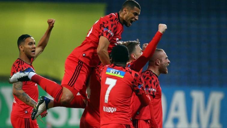 Rakiplerine gol yağdıran Beşiktaş Avrupa'da ikinci sırada bulunuyor