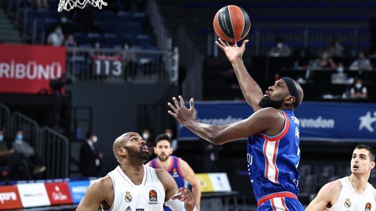 Son dakika haberi: Anadolu Efes, THY EuroLeague'de Final-Four'a yükseldi