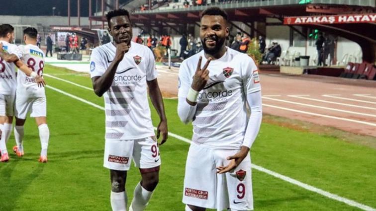 Hatayspor'dan Aaron Boupendza ve Mame Diouf için transfer açıklaması geldi