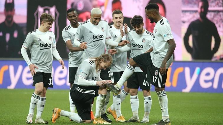 Beşiktaş sakat oyuncularını da kadroya dahil etti
