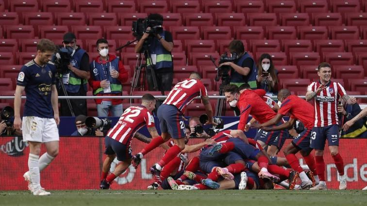 İspanya La Liga'da müthiş heyecan: Barcelona yarıştan koptu; Atletico Madrid ve Real Madrid kafa kafaya...