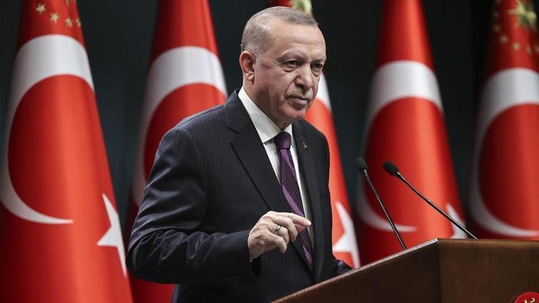 Başkan Recep Tayyip Erdoğan, Ziraat Türkiye Kupası'nı müzesine götüren Beşiktaş'ı tebrik