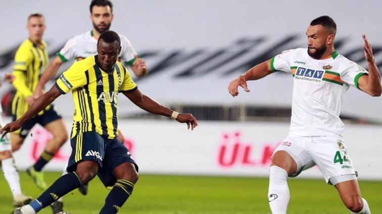 Fenerbahçe'ye Alanyaspor'dan stoper geliyor