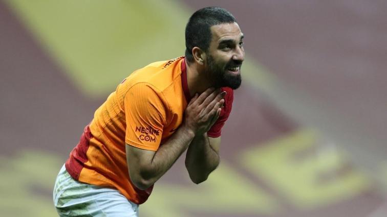 Galatasaray'da Mustafa Cengiz'den şok Arda Turan kararı
