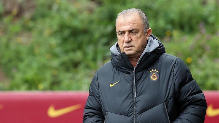 Galatasaray'daki geleceği belirsiz olan Fatih Terim'e teklif var