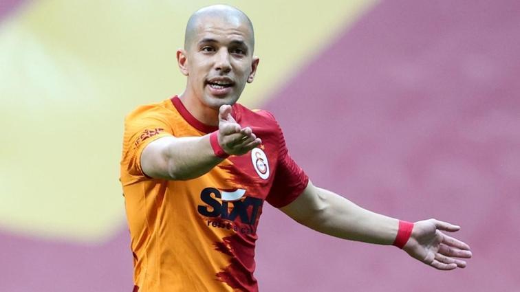 Galatasaray'da Sofiane Feghouli'nin bileti kesildi