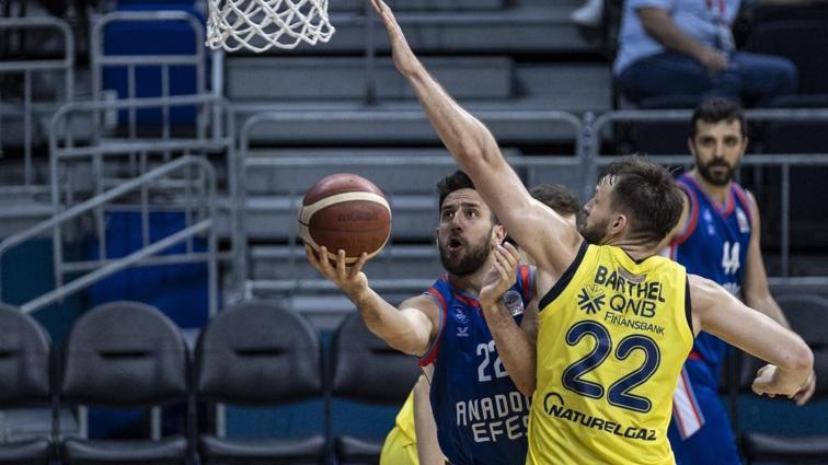 Basketbolda Anadolu Efes-Fenerbahçe Beko finali