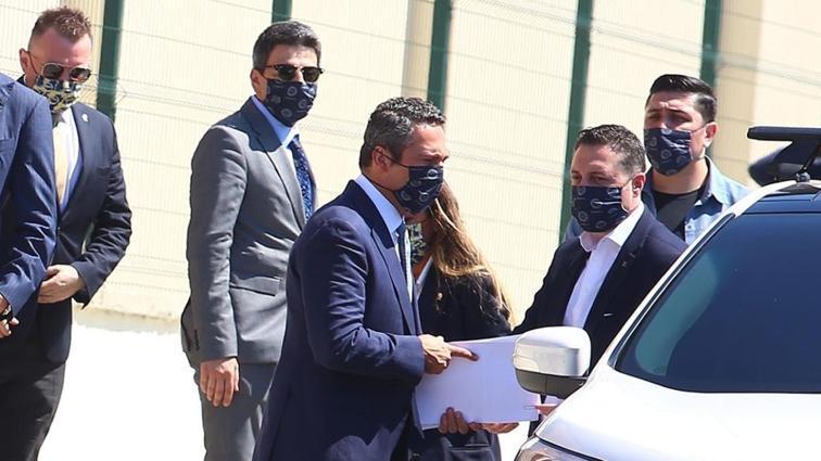 Son dakika haberi: Fenerbahçe'de Ali Koç'tan Emre Belözoğlu'yla devam kararı çıktı