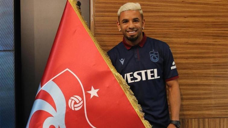 Trabzonspor, Bruno Peres'i KAP'a bildirdi