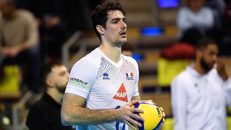 Fenerbahçe Fransız smaçör Yacine Louati'yi transfer etti