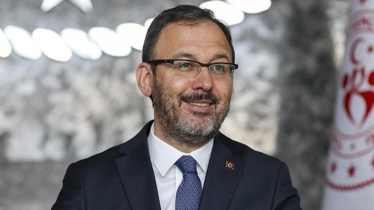 Bakan Kasapoğlu, Anadolu Efes-Barcelona finalinin şifresiz yayınlanacağını açıkladı