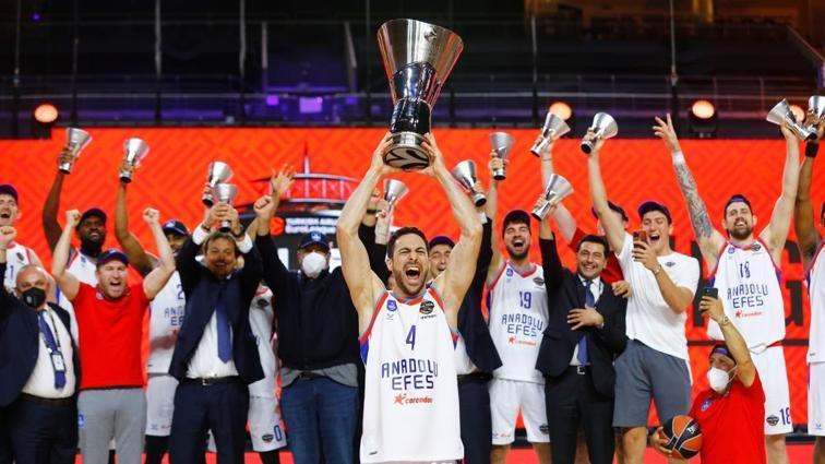Anadolu Efes EuroLeague şampiyonu!