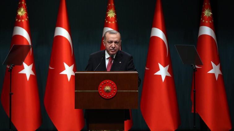 Başkan Recep Tayyip Erdoğan, spor dünyasını ilgilendiren kararları açıkladı: İşte halı sahaların açılacağı tarih