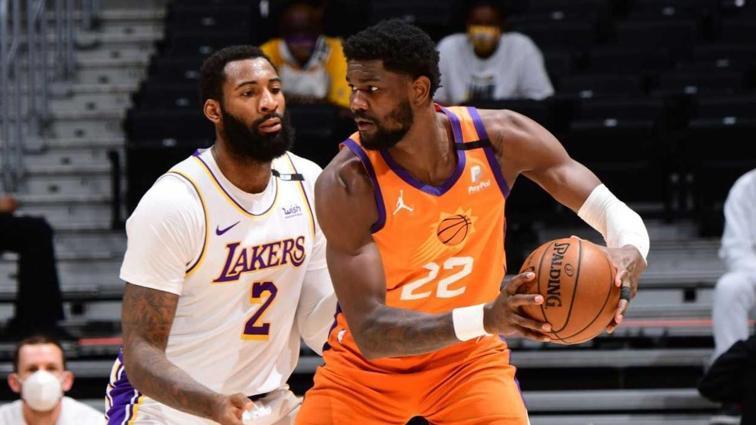 Phoenix Suns, Los Angeles Lakers'a karşı seriyi 2-2 yaptı