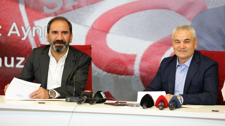Rıza Çalımbay, Sivasspor ile 1 yıllık yeni sözleşme imzaladı