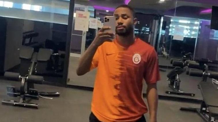 Son dakika transfer haberi: Emmanuel Dennis'in Galatasaray formalı idmanı olay oldu