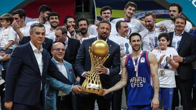 Hidayet Türkoğlu'ndan Anadolu Efes'e tebrik: