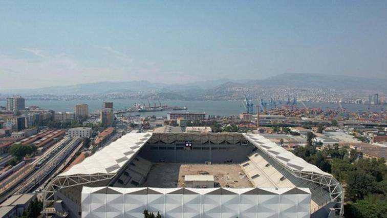 İzmir Alsancak Stadı kapılarını açıyor