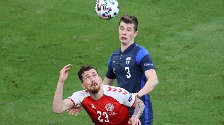 Johan Elmander Galatasaray için genç stoper keşfetti