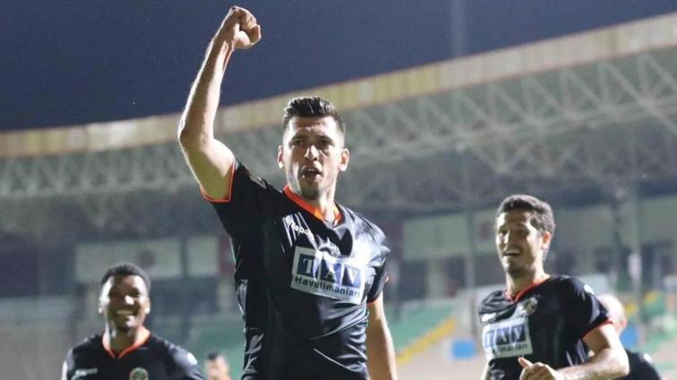Son dakika transfer haberi: Ceyhun Gülselam Trabzonspor'a dönüyor