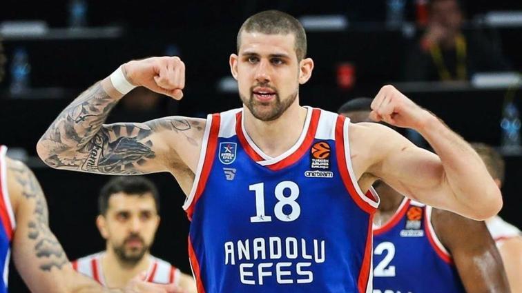 Anadolu Efes, Adrien Moerman ile yeni sözleşme imzaladı