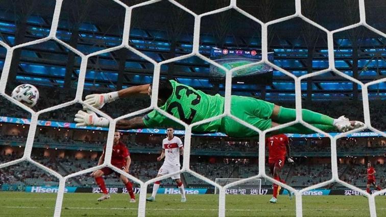 Uğurcan Çakır performansıyla EURO 2020 adına tek güzel şey oldu