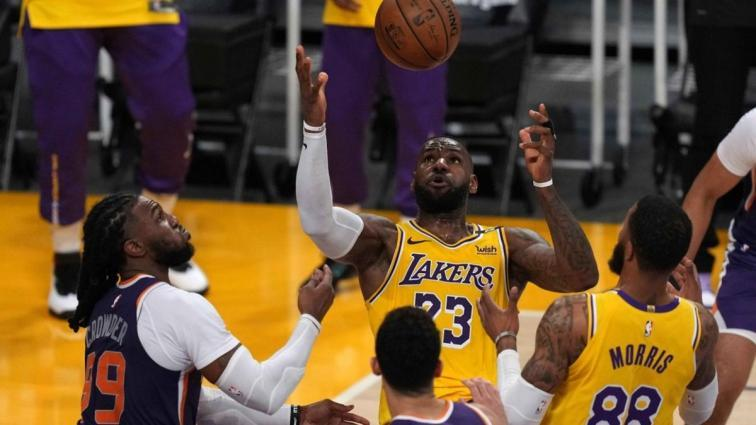 LeBron James: 'Kariyerimi Lakers'ta tamamlayabilirim'