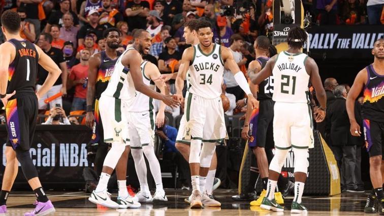 Milwaukee Bucks, 2-0 geriye düştüğü final serisinde durumu 3-2'ye getirdi