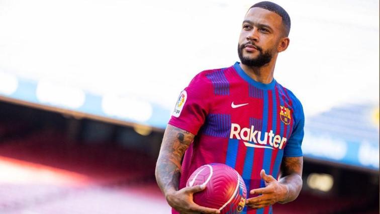 Barcelona Memphis Depay ile 2 yıllık sözleşme imzaladı