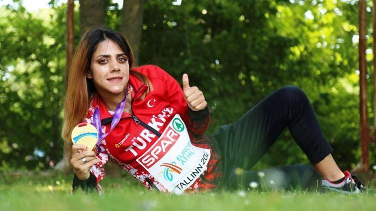 Meryem Bekmez: 'Ülkeme borcum var'
