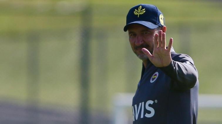 Vitor Pereira Fenerbahçe'ye yeni sezonda 3-4-3 sistemini oynatacak